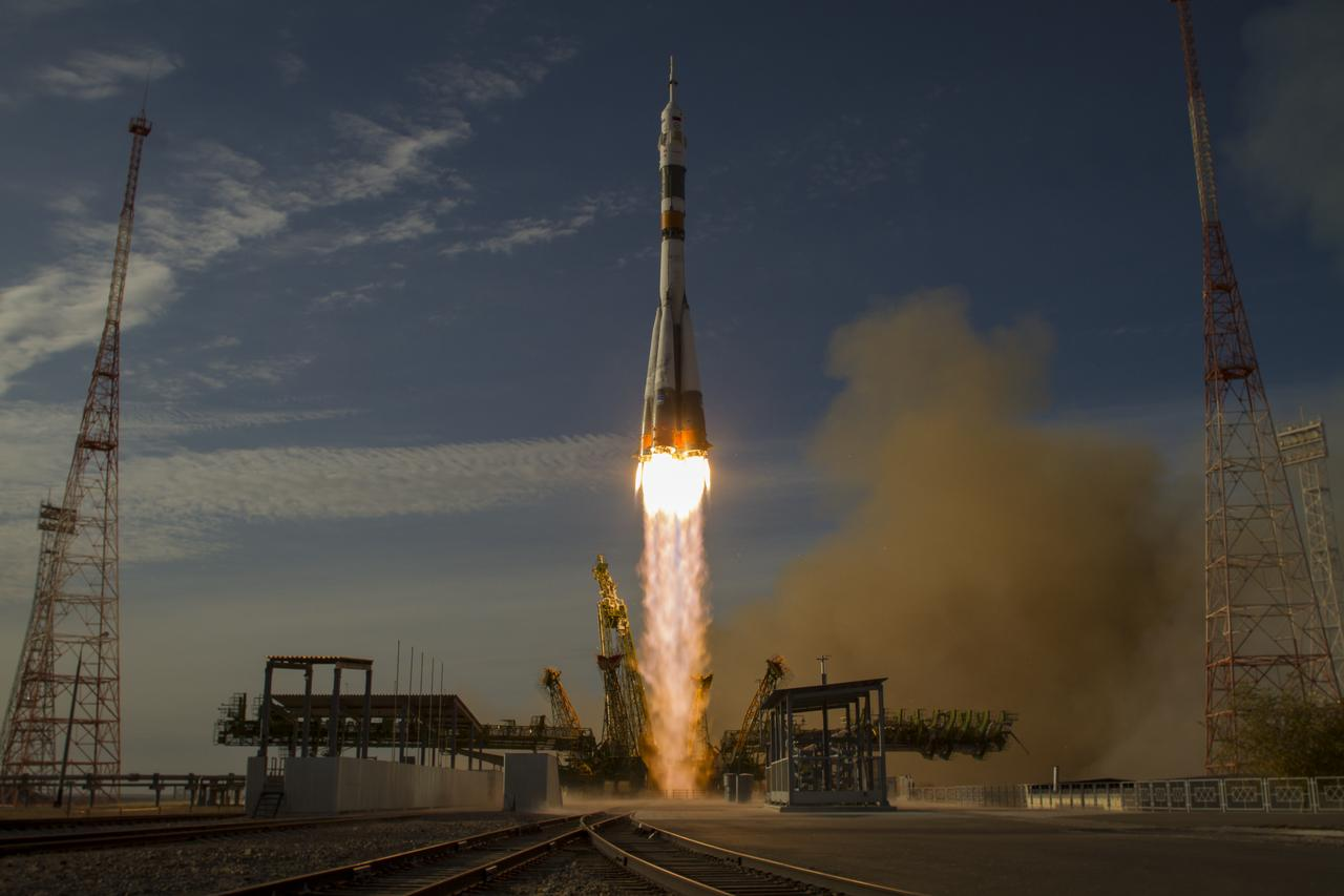 Russians will take tourists to the International Space Station