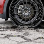 Airless and hole-proof tires arrive at GM cars in 2024 [video]